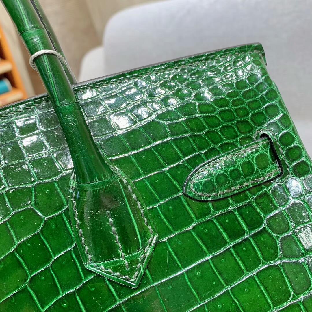 爱马仕包包 Birkin铂金包 30cm Shiny Porosus亮面倒V湾鳄 67祖母绿 金扣 蜜蜡线全手缝
