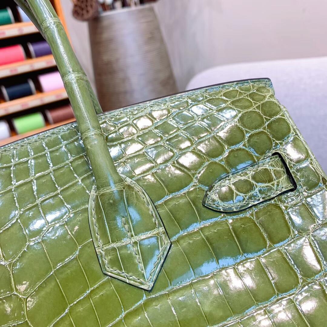 爱马仕包包 Birkin铂金包 30cm Shiny Niloticus亮面两点尼罗鳄 V6丛林绿 金扣 蜜蜡线全手缝