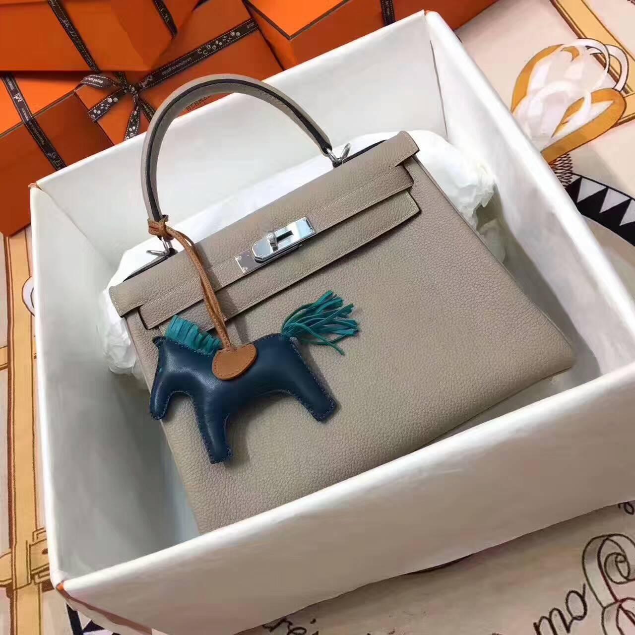 爱马仕凯莉包 Kelly 28cm Togo 法国原产小牛皮 S2 Trench 风衣灰 银扣