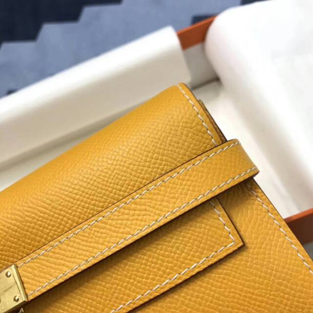 爱马仕Kelly long 21.5cm epsom 9V Jaune Dor 太阳黄 金扣 手缝蜡线 看得见的工艺
