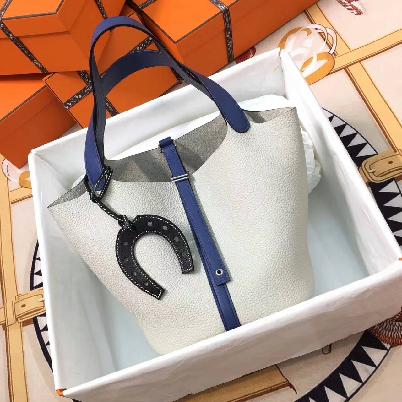 Hermes爱马仕菜篮子 Picotin Lock 22cm Clememce 法国原产Tc皮 80 Gris Perle 珍珠灰拼R2 Blue Agate 玛瑙蓝 银扣