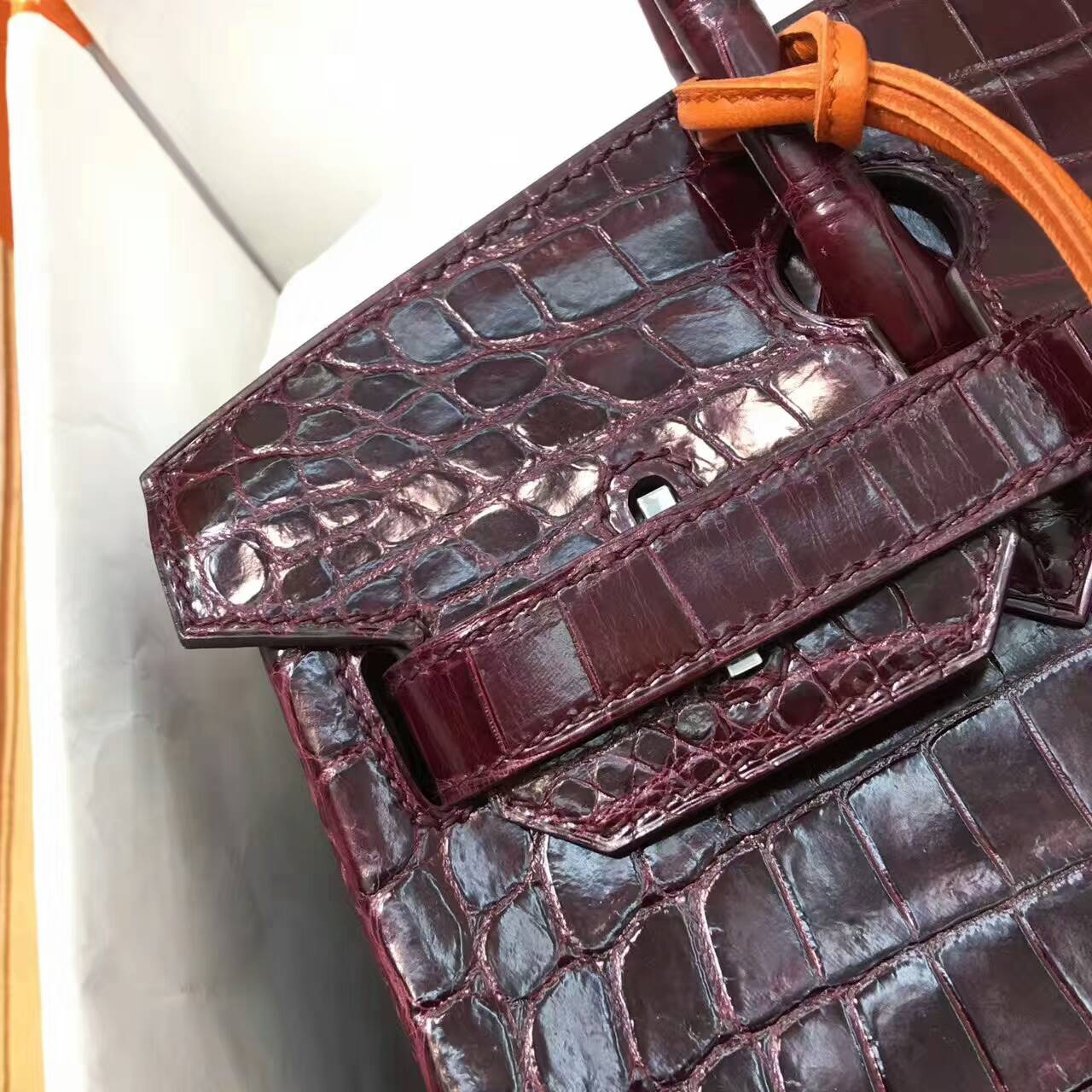 Birkin铂金包 Hermes包包 30cm Shiny Niloticus Crocodile 亮面两点非洲原产尼罗鳄 57 Bordeaux 波尔多酒红 银扣