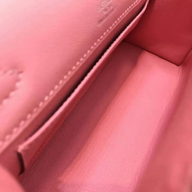 爱马仕包包 stock 22kelly pochette swift皮 1Q Rose Conpetti 奶昔粉 银扣 进口法国蜡线手工缝制