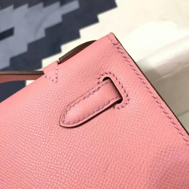 爱马仕包包 stock 22kelly pochette epsom皮 1Q Rose Conpetti 奶昔粉 银扣 进口法国蜡线手工缝制