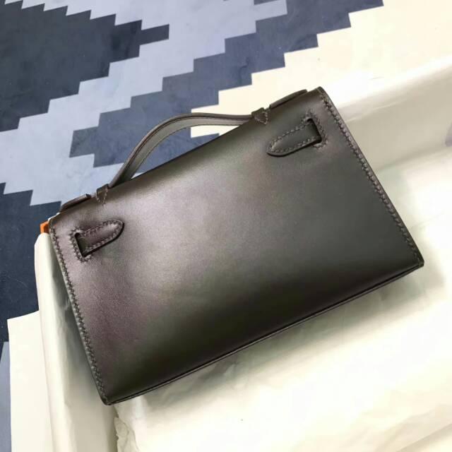 爱马仕包包 stock 22kelly pochette box皮 CC47 Chocolat 巧克力色 金扣 进口法国蜡线手工缝制