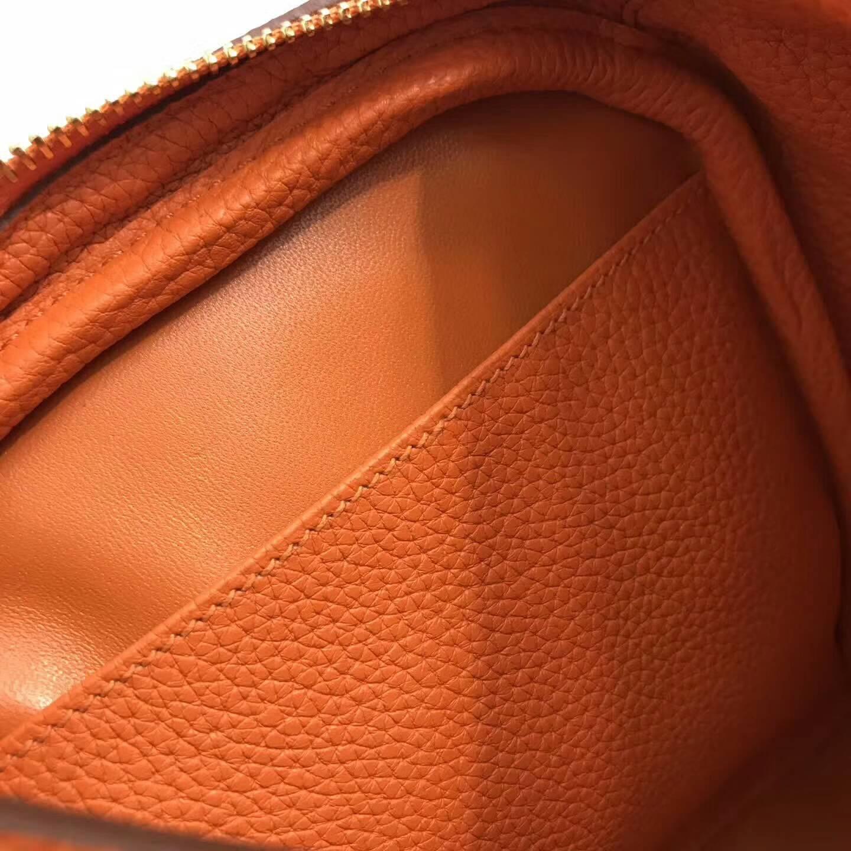 爱马仕包包 Lindy包 30cm 进口Togo皮 CC93 Orange 橙色 金扣