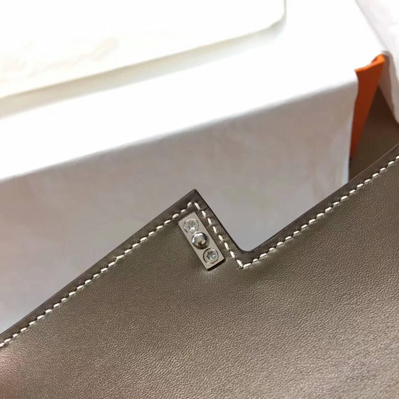 Hermes插销包手枪包 Verrou 17cm Epsom 法国原产掌纹皮 18 Etoupe 大象灰