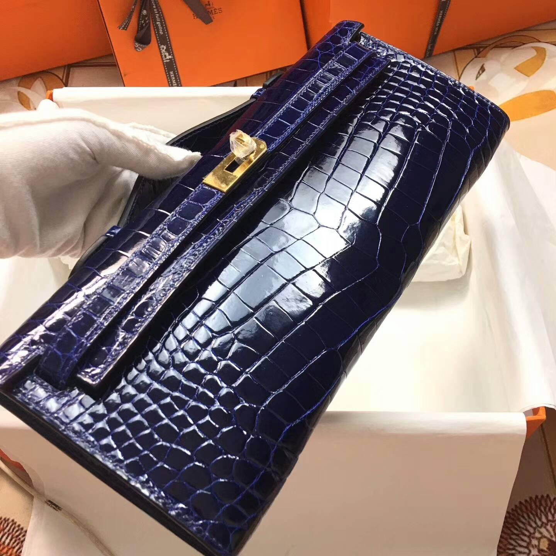 爱马仕全球同步发售 Kelly Cut 29cm Shiny Niloticus Crocodile 面两点非洲原产尼罗鳄 73 Blue Saphir 宝石蓝 金扣