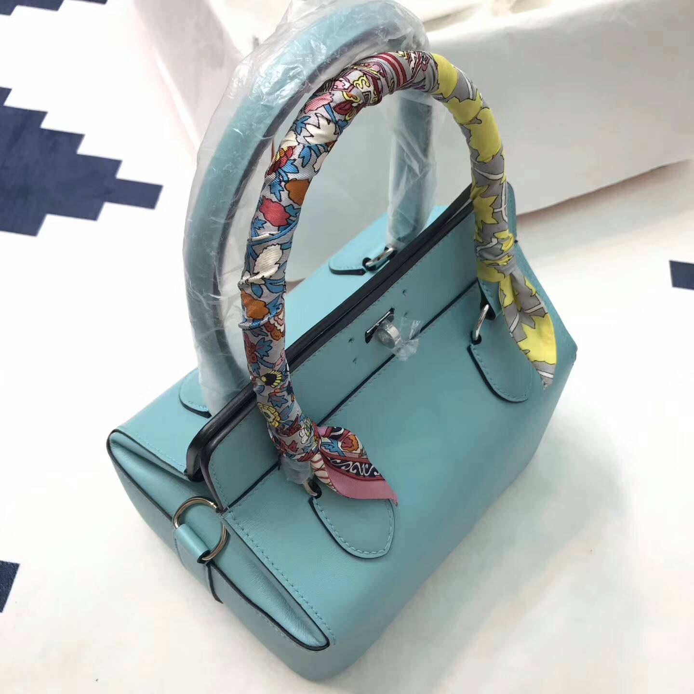 爱马仕全球同步发售 20Toolbox 牛奶包 小胖墩 进口swift皮 3P Blue Atoll 马卡龙蓝 银扣