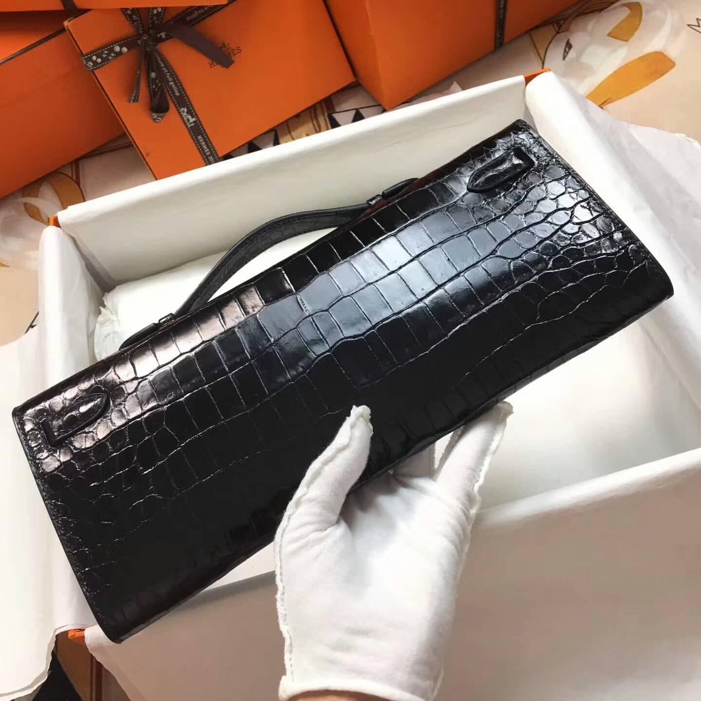 爱马仕全球同步发售 Kelly Cut 29cm Shiny Niloticus Crocodile 面两点非洲原产尼罗鳄 89 Nior 黑色 金扣