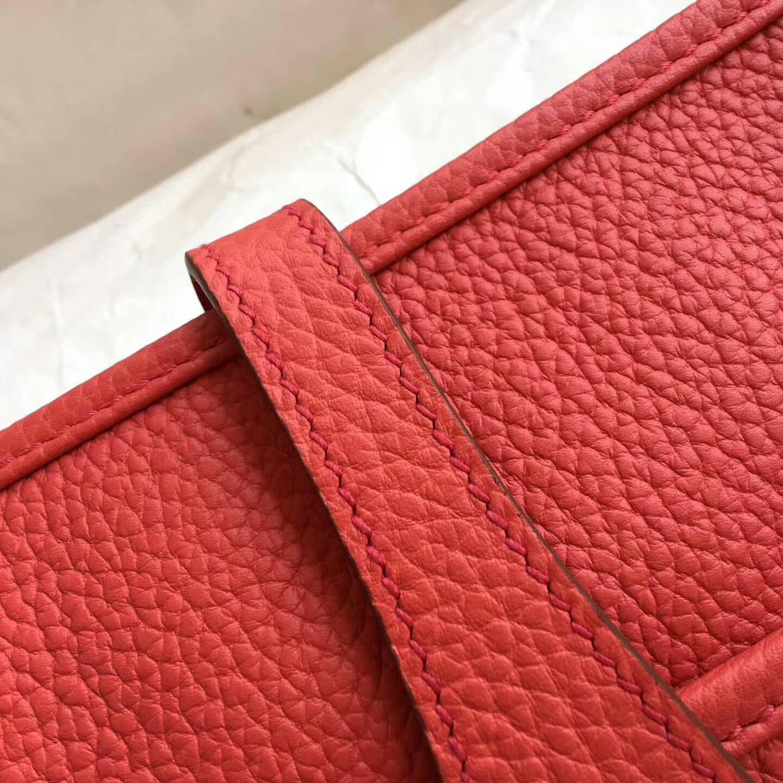 爱马仕包包 Evelyne伊芙琳 28cm Clemence 法国原产Tc皮 Q5 Rouge Casaqbe 中国红 银扣