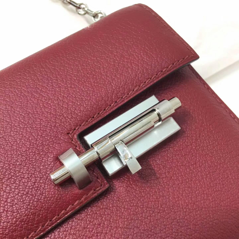 Hermes插销包手枪包 Verrou 17cm Chevre Mysore 法国原产山羊皮 B5 Rubis 宝石红