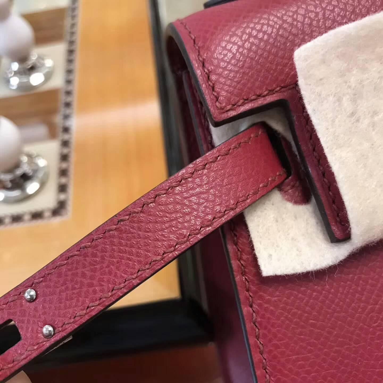 爱马仕包包 Hermes大耳朵 Epsom皮 B5 Rubis 宝石红 银扣 小可爱百搭款