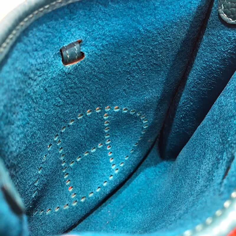 爱马仕包包批发 Evelyne 17cm Tc7W 伊兹密尔蓝 Blue Ibmir 银扣 顶级工艺 迷你号超级可爱