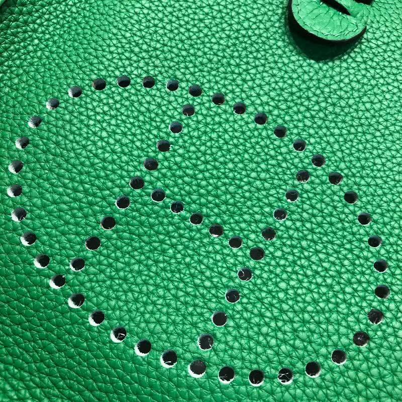 爱马仕包包批发 Evelyne 17cm Tc 1K Bamdou 竹子绿 银扣 顶级工艺 迷你号超级可爱