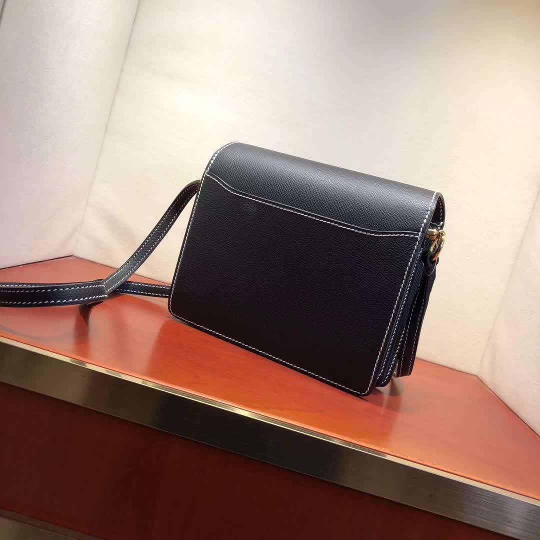 爱马仕猪鼻子包 Roulis 19cm Epsom 89 Noir 黑色白线 金扣 手缝蜡线顶级工艺