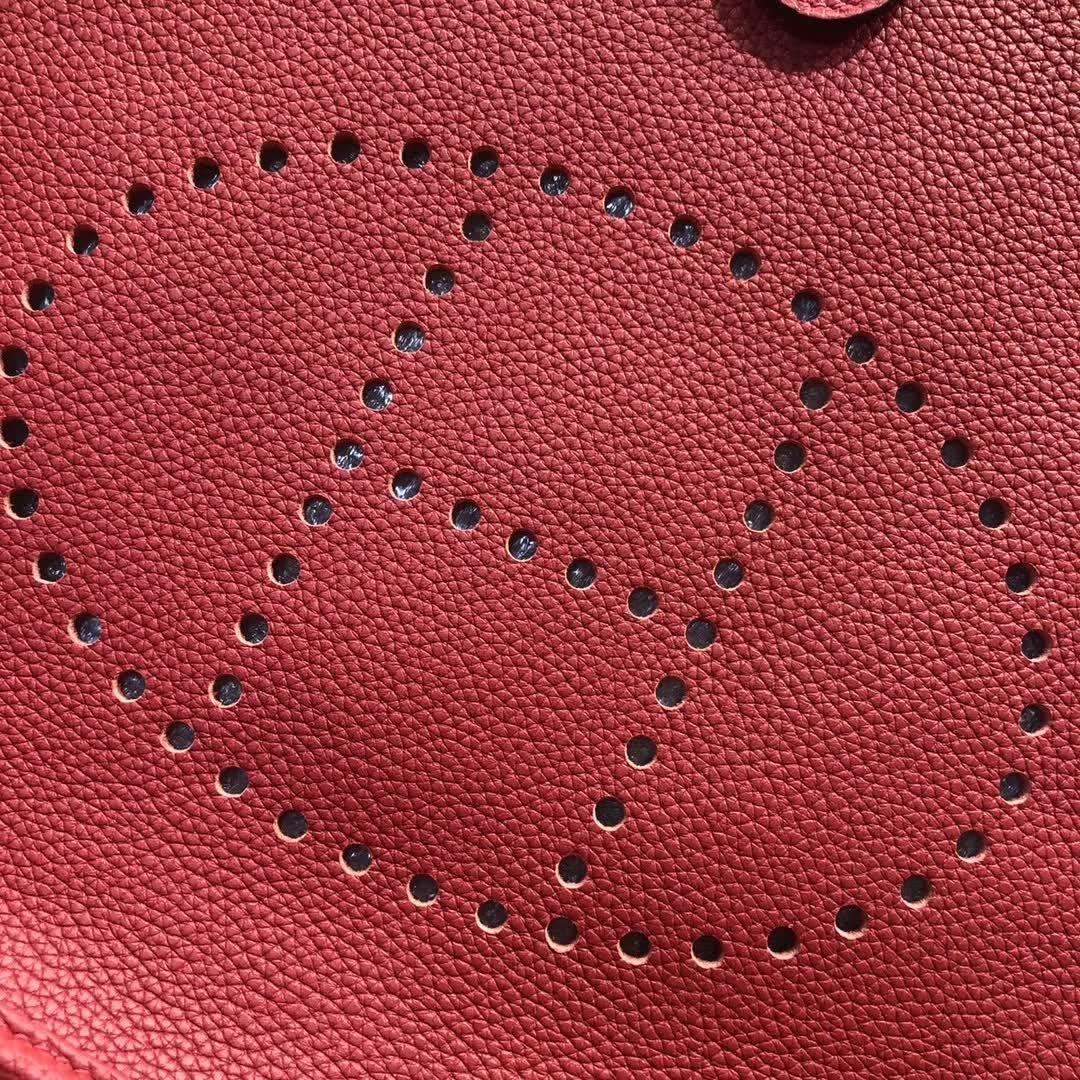 爱马仕伊芙琳 Evelyne 29cm Tc Q5 Rouge Casaqbe 中国红 银扣 顶级工艺 男士也能驾驭
