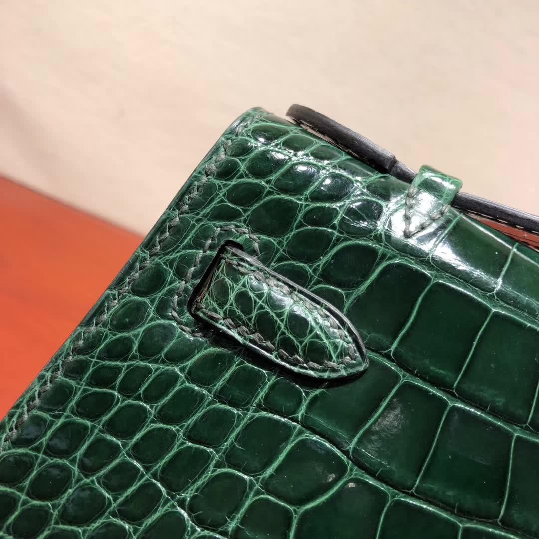 爱马仕包包 Kelly Pochette 22cm Shiny Alligator Crocodile 6Q Vert Bengale 祖母绿 金扣 纯手缝蜡线