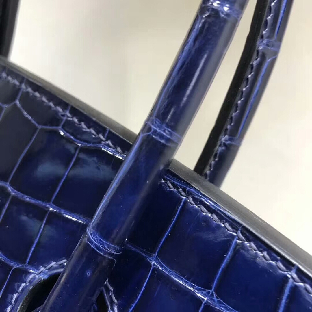 爱马仕铂金包 Birkin35cm Shiny Porosus 亮面湾鳄倒V 73 Blue Saphir 宝石蓝 金扣 顶级工艺 纯缝蜡线