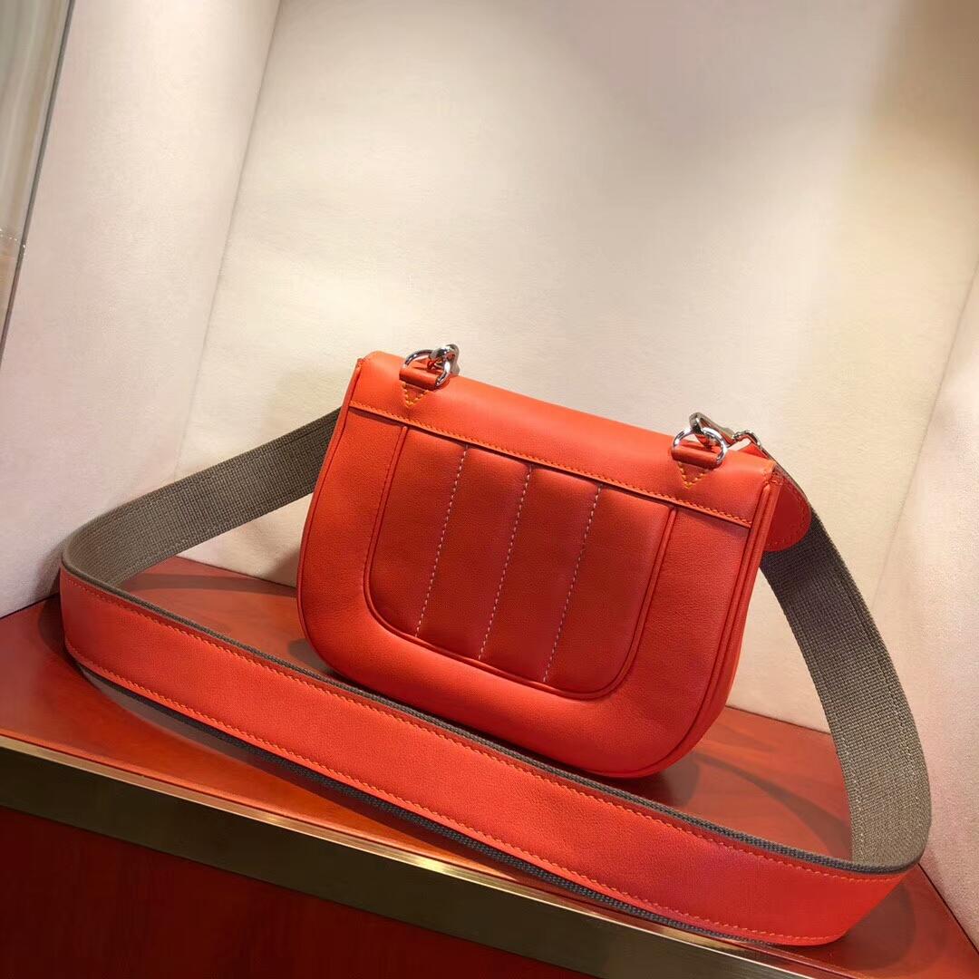 广州爱马仕包包 Berline 20cm Swift 9J Feu 火焰橙 银扣 小巧可爱容量大