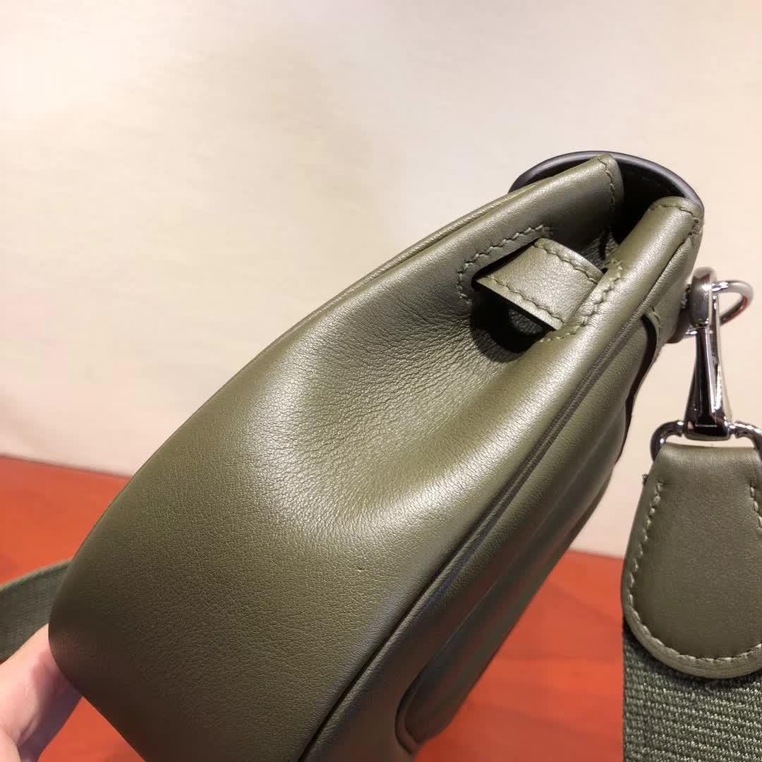 爱马仕包包批发 Berline 20cm Swift V6 Cacncpee 丛林绿 银扣 小巧可爱容量大
