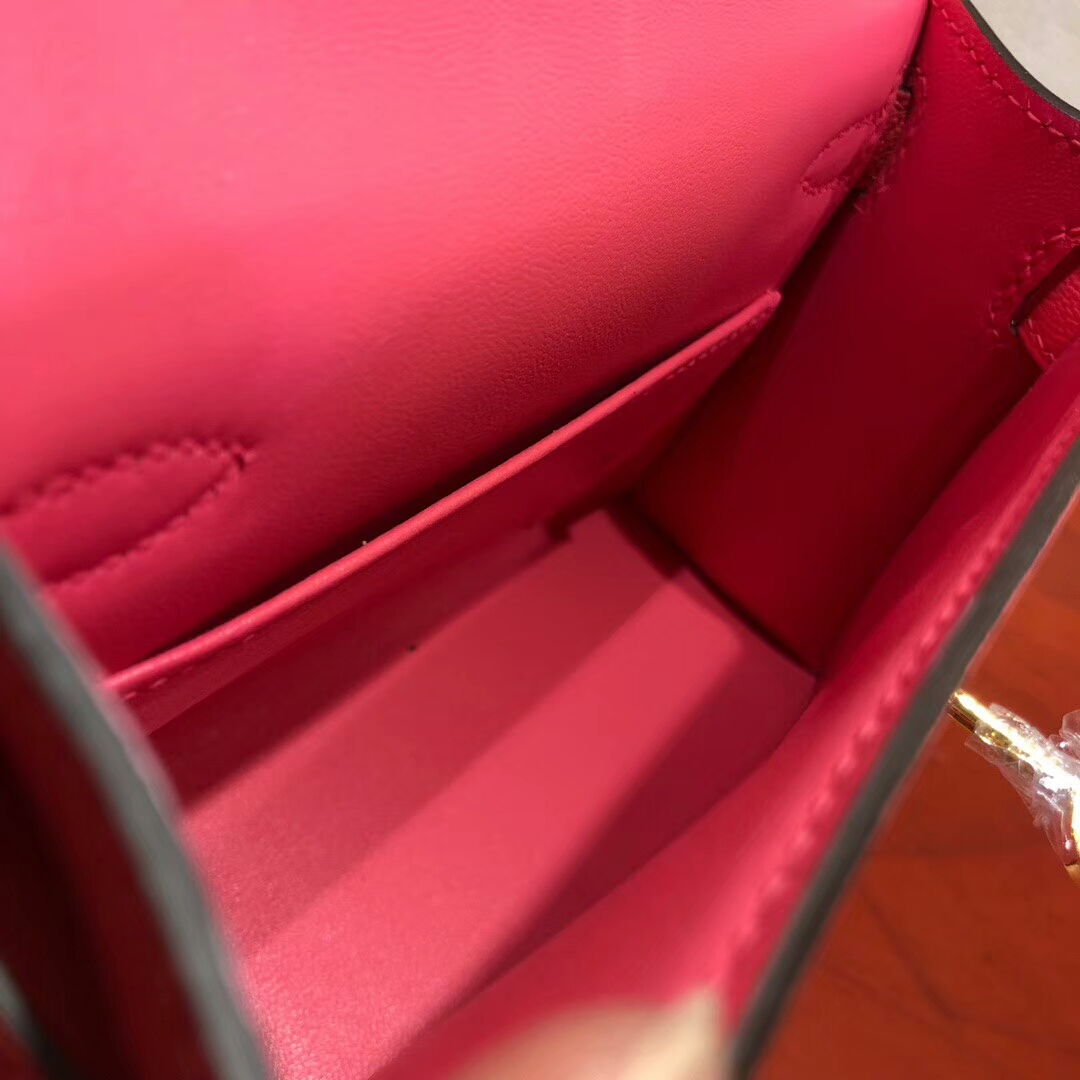 Hermes爱马仕 Mini Kelly2代 19cm Chevre Mysore山羊皮 8W Rose Azalee 唇膏粉 金扣 上身效果极好