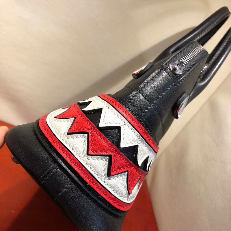 爱马仕包包批发 Bolide 27cm Swift 89 Noir 黑色 鲨鱼银扣 顶级工艺