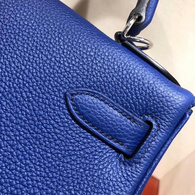 爱马仕包包 Kelly 28cm Togo 7T Blue Htdra 电光蓝 银扣 手缝蜜蜡线