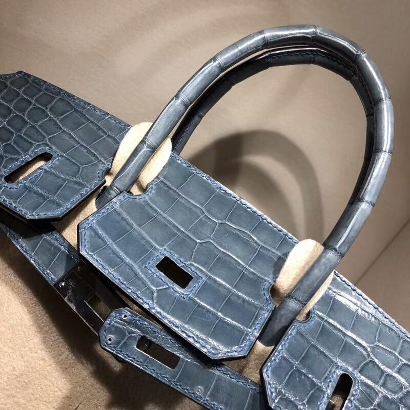 爱马仕铂金包 Birkin 30cm Shiny Niloticus Crocodile 亮面两点尼罗鳄 N7 Blue 风暴蓝 银扣