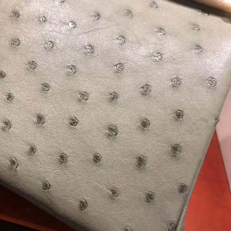 爱马仕包包批发 Birkin 30cm Ostrich Leather Q1 Sauge 鼠尾草绿 金扣 手缝蜡线