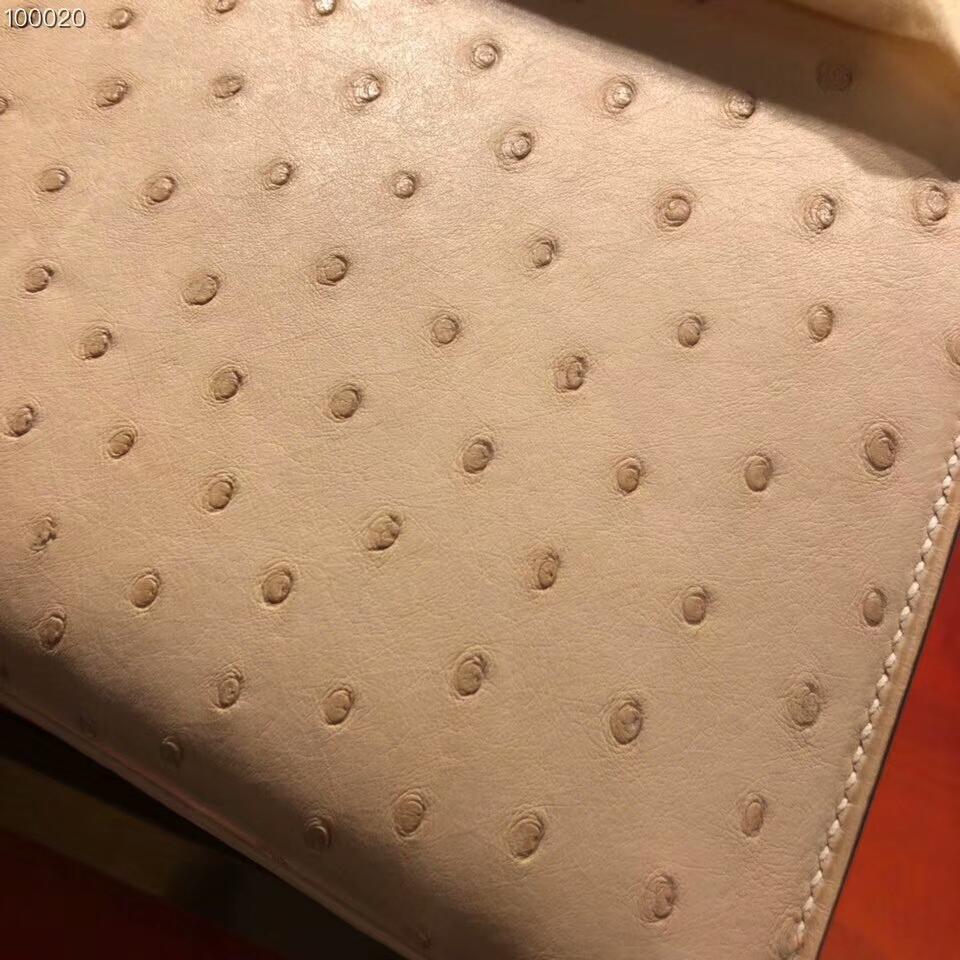 爱马仕包包批发 Kelly 25cm Ostrich Leather 3C Parchmin 羊毛白 金扣 超级百搭小可爱