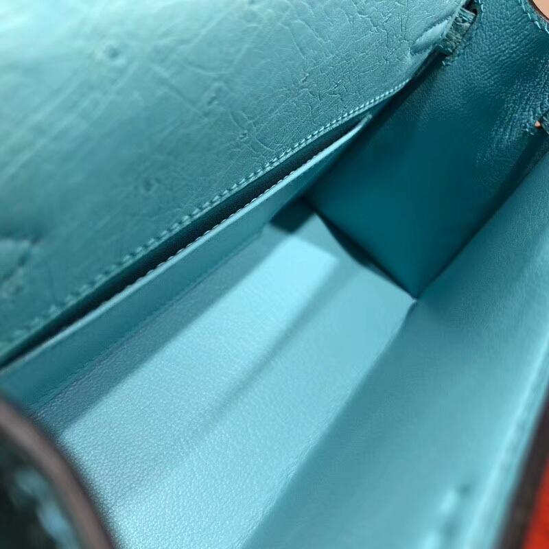 爱马仕包包批发 Mini Kelly Pochette 22cm Ostrich Leather 3P Blue Atoll 马卡龙蓝 金扣 顶级工艺手缝蜡线