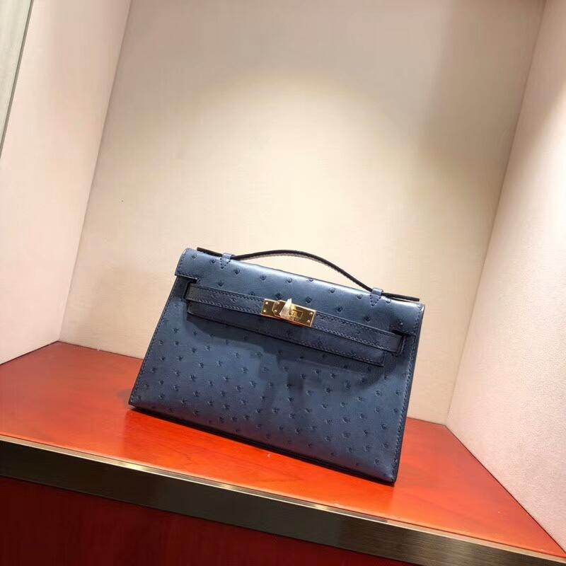 爱马仕包包批发 Mini Kelly Pochette 22cm Ostrich Leather N7 Blue 风暴蓝 金扣 顶级工艺手缝蜡线