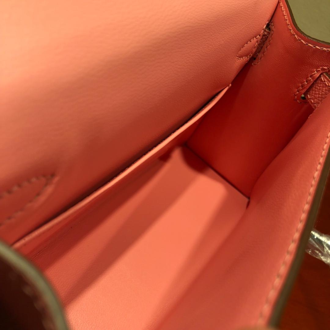 Mini Kelly ll 二代 19Cm Chevre Epsom 1Q Rose Conpetti 奶昔粉 银扣 顶级工艺 手缝蜡线 可放X 炒鸡可爱 上身效果极好