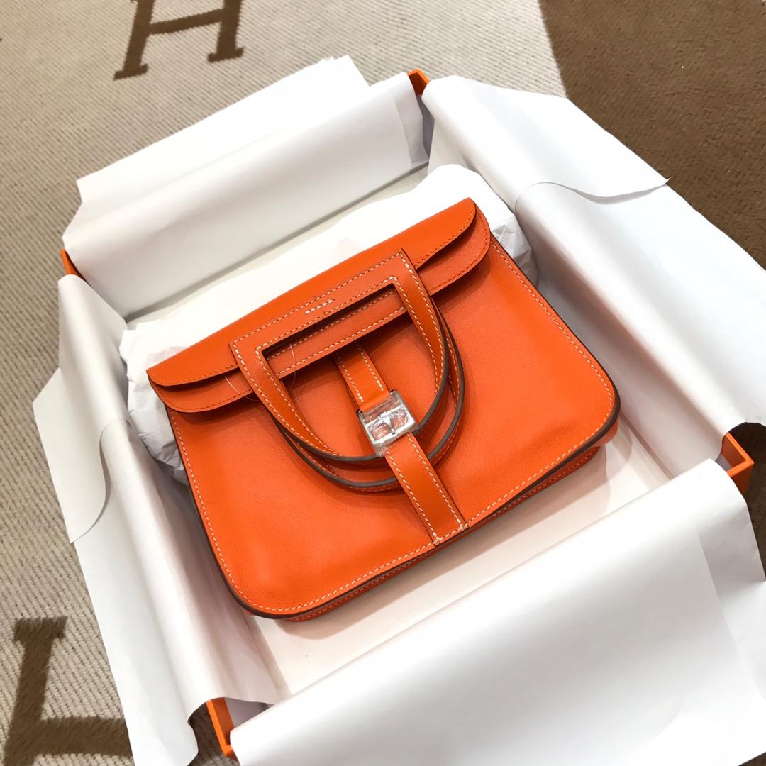 爱马仕包包批发 Mini Halzan 22cm Swift 93 Orange 橙色 银扣 秋天就适合一款mini的包包