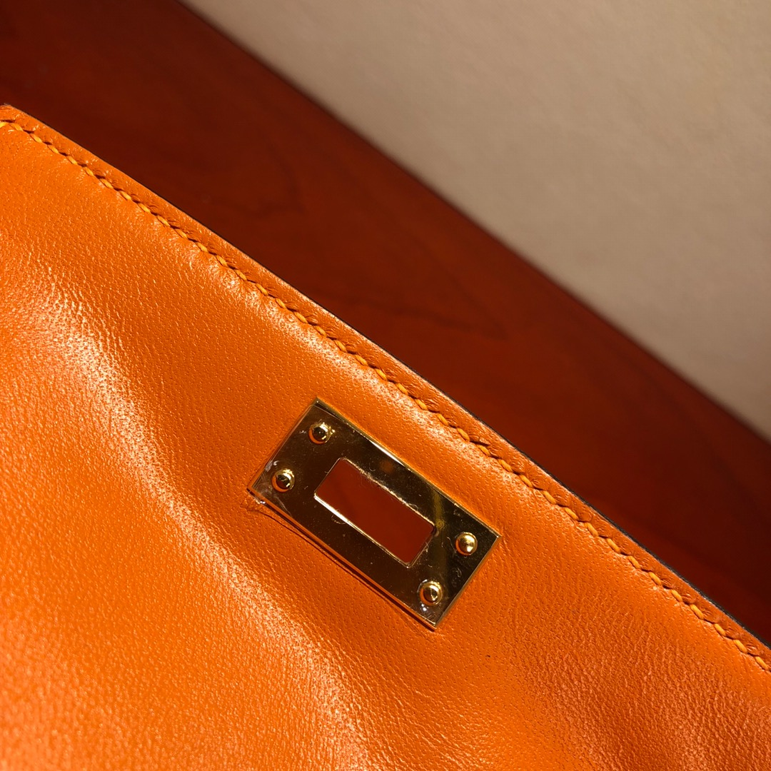 Mini Kelly ll 二代 19Cm Chevre Epsom 93 Orange 橙色 金扣 顶级工艺 手缝蜡线 可放X 炒鸡可爱 上身效果极好