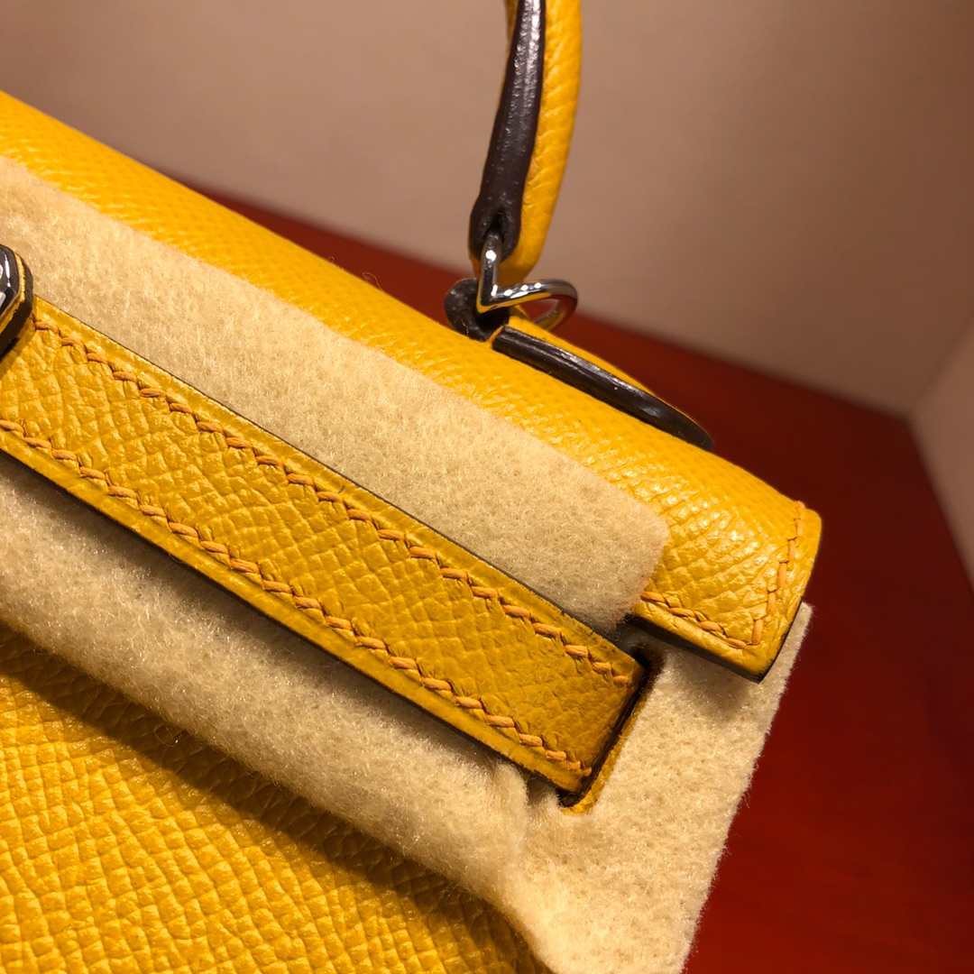 Mini Kelly ll 二代 19Cm Chevre Epsom 9D Jaune Amber 琥珀黄 银扣 顶级工艺 手缝蜡线 可放X 炒鸡可爱 上身效果极好