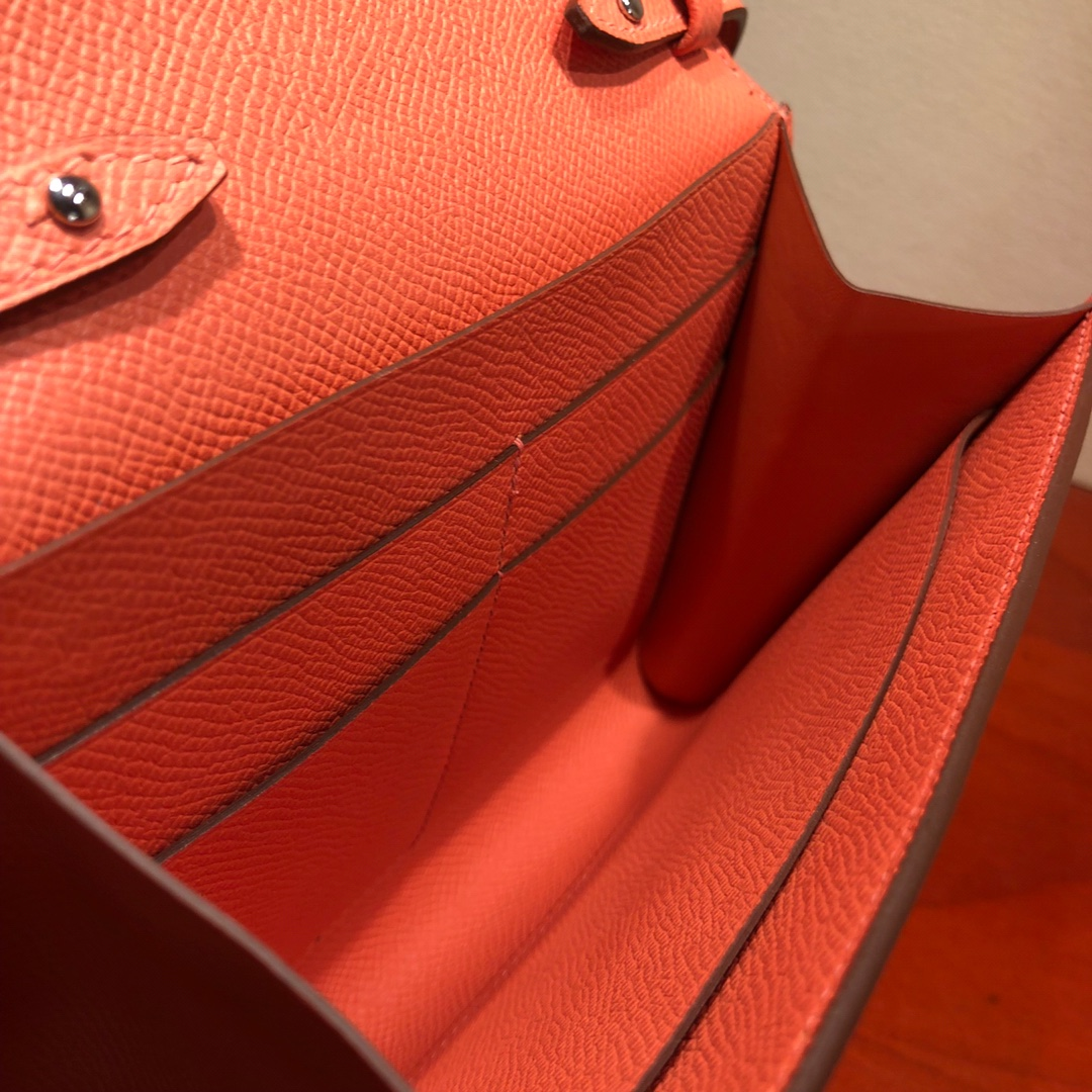 爱马仕包包 illicon 16Cm Epsom I5 Fiamingo 火烈鸟粉 银扣 顶级工艺 手缝蜡线