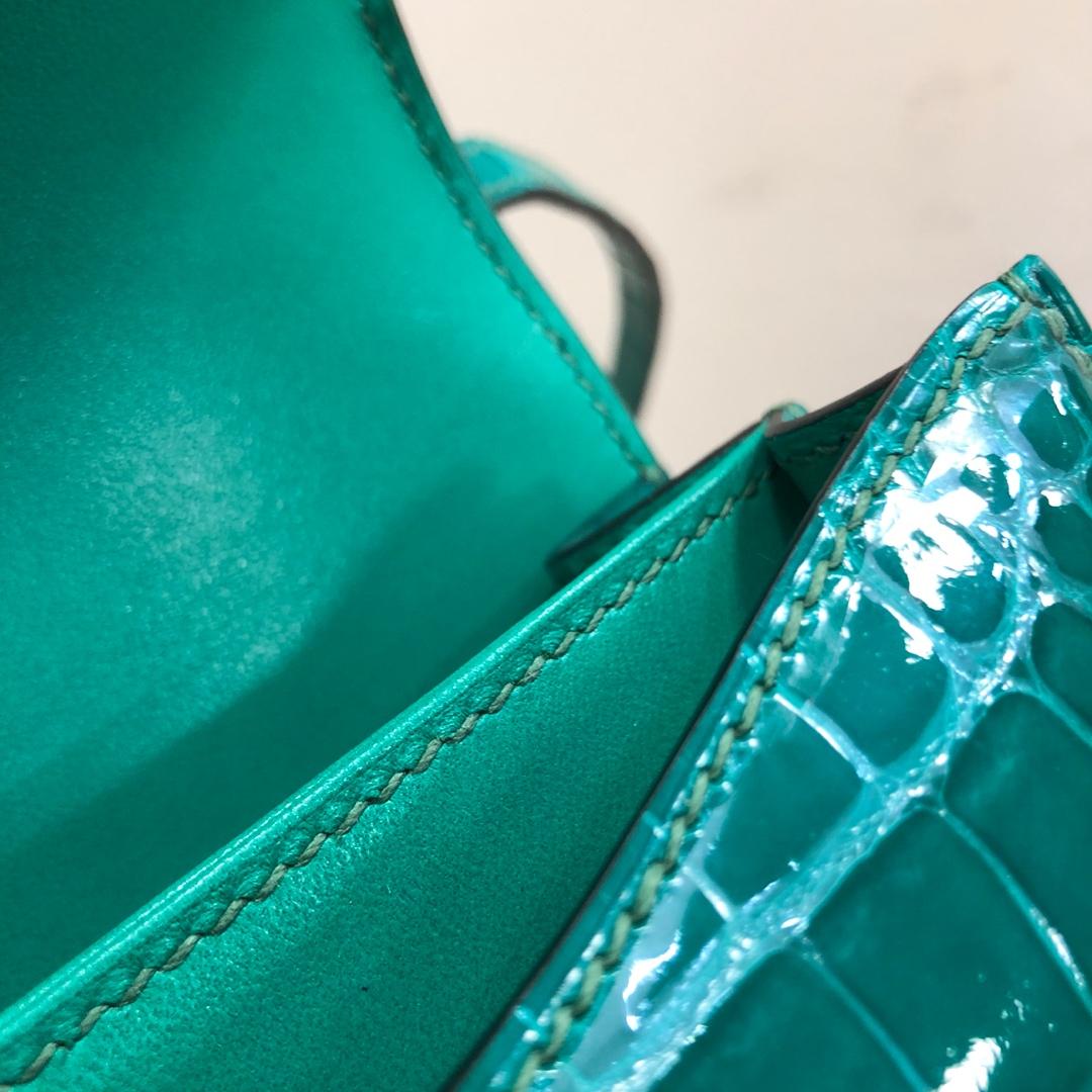 爱马仕空姐包 Constance 19Cm Alligator Crocodile 法国Hcp原产美洲鳄 6Q Emeraud 翡翠绿 银扣 顶级工艺 全手缝蜡线 有色差