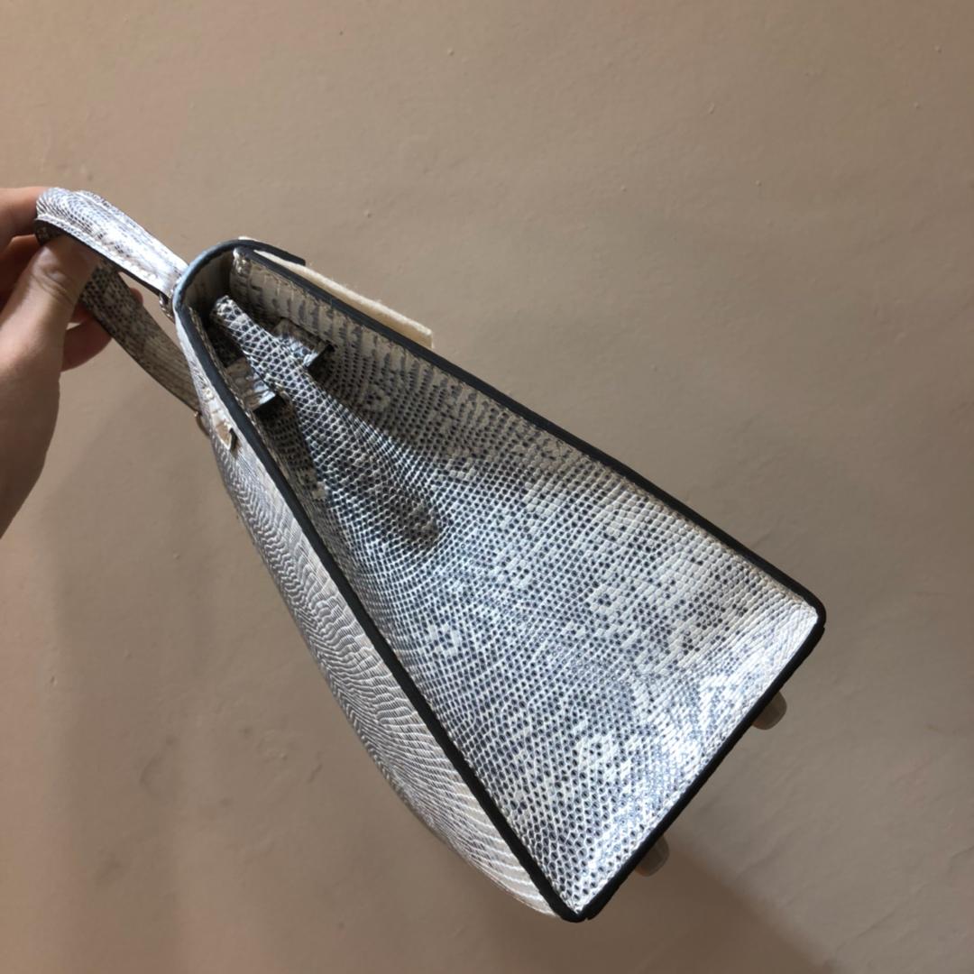 爱马仕包包 Kelly 25cm 西班牙蜥蜴 自然色 银扣 顶级工艺 手缝蜡线