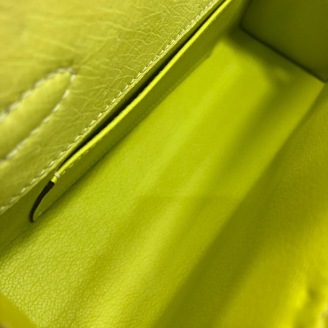 Hermes爱马仕 Kelly pochette 22cm Ostrich Leather 南非KK鸵鸟皮 9R Lime 柠檬黄 金扣