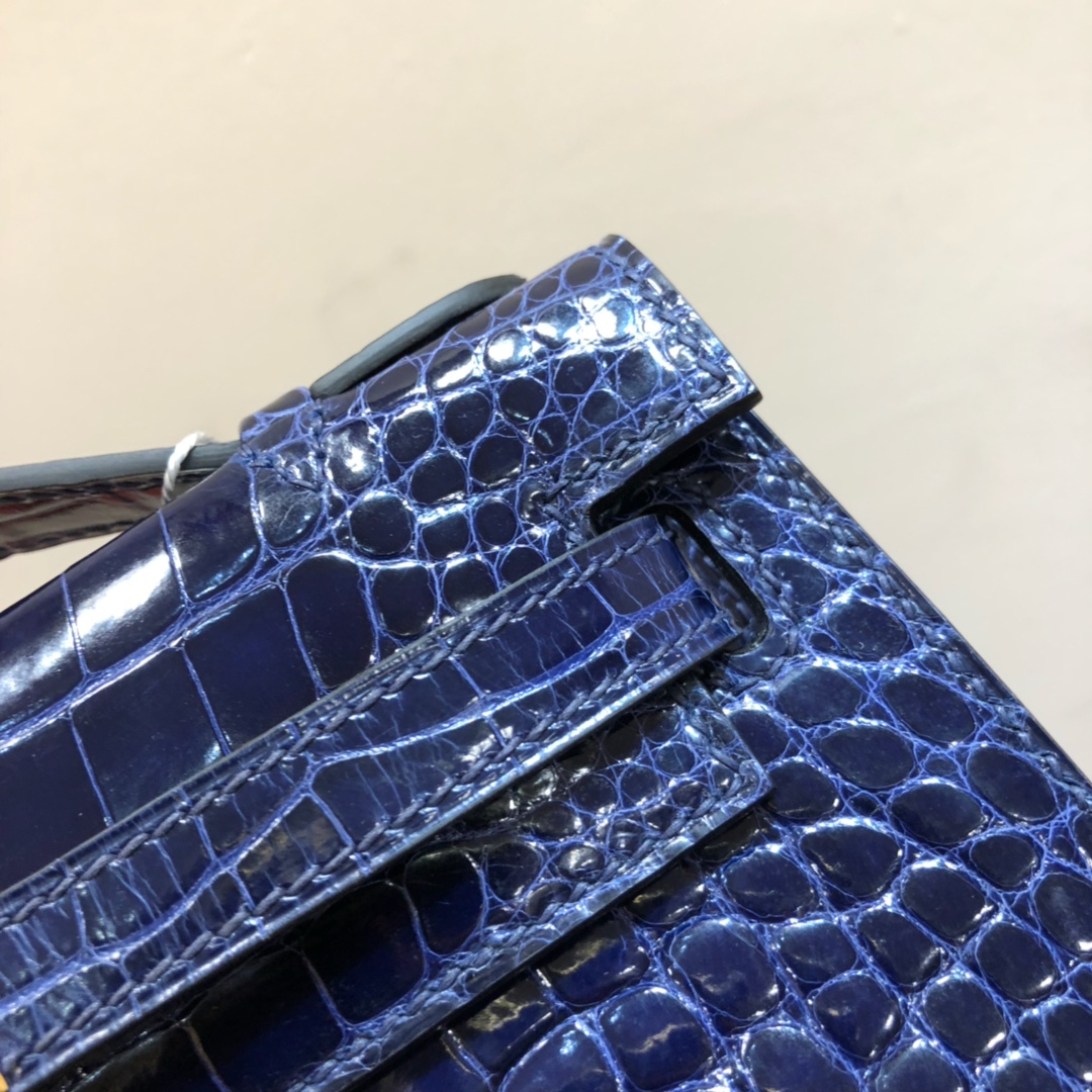 Hermes爱马仕 Kelly pochette 22cm Alligator Crocodile 密西西比河美洲鳄 73 Blue Saphir 宝石蓝 金扣