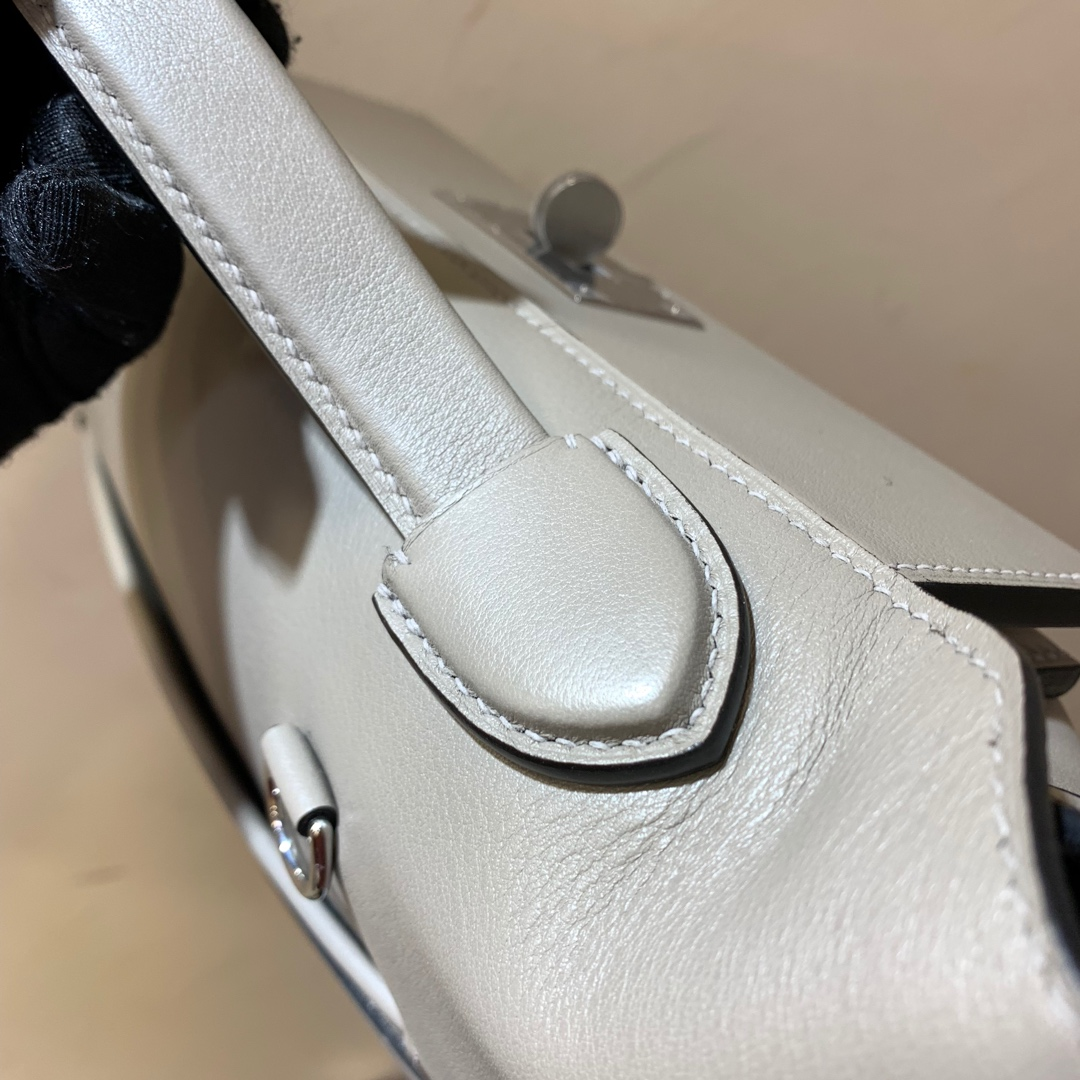 爱马仕包包 24-24Kelly 29cm 法国顶级Swift M8 Gris Asphalte 沥青灰 银扣 Birkin和Kelly的集合体
