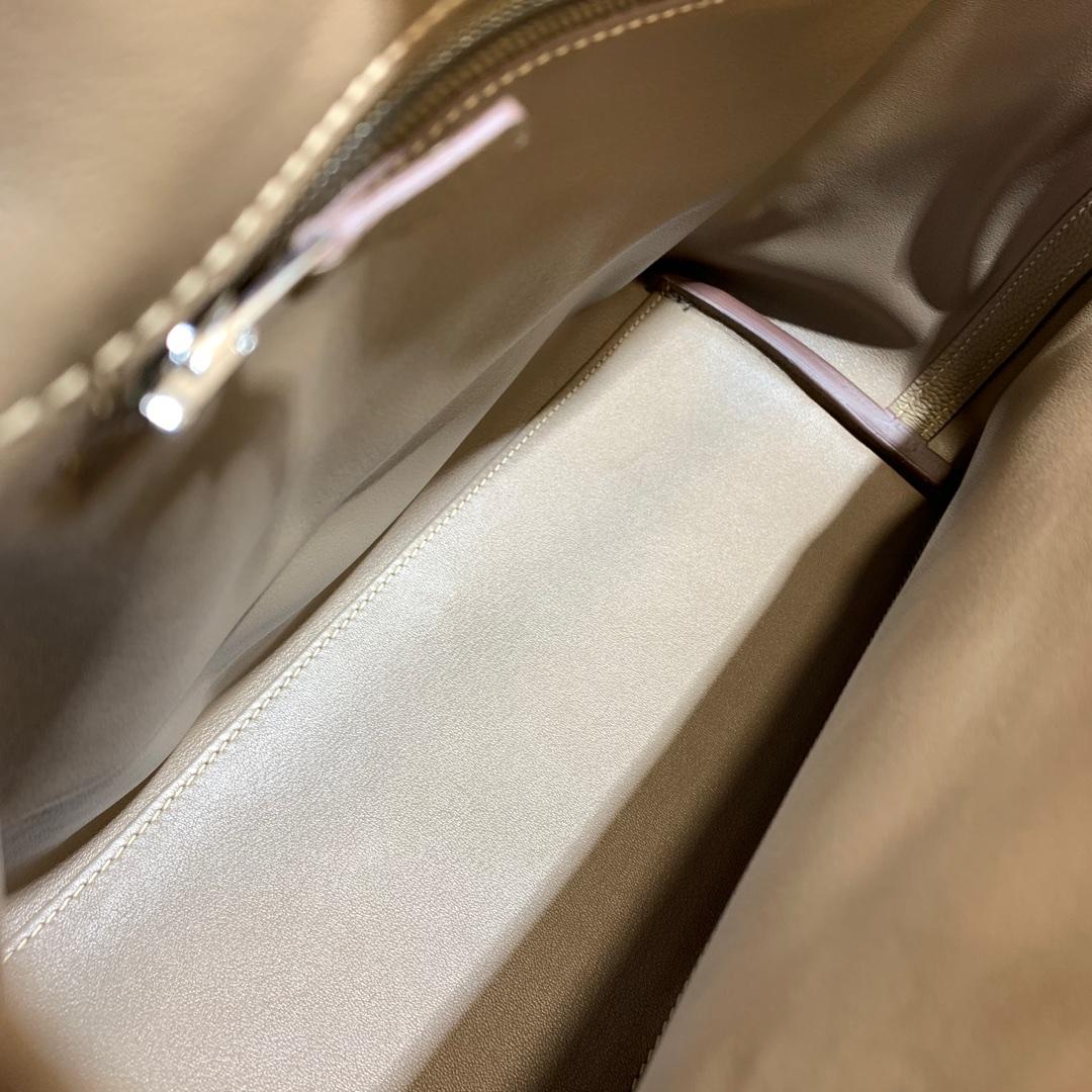 爱马仕包包 24-24Kelly 29cm 法国顶级Togo 18 Etoupe 大象灰 银扣 Birkin和Kelly的集合体