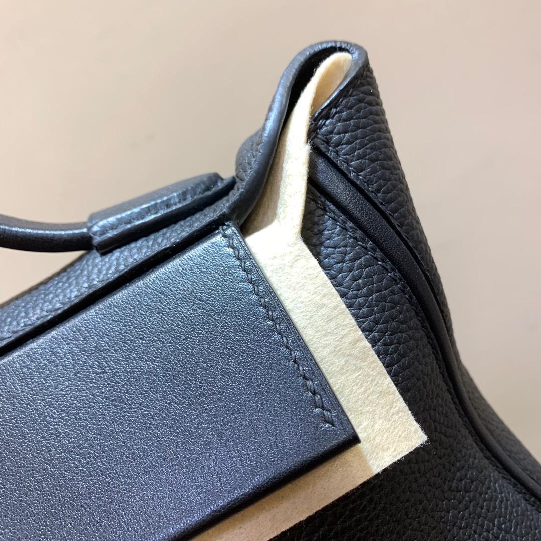 爱马仕包包 24-24Kelly 29cm 法国顶级Clemence 89 Noir 黑色 银扣 Birkin和Kelly的集合体