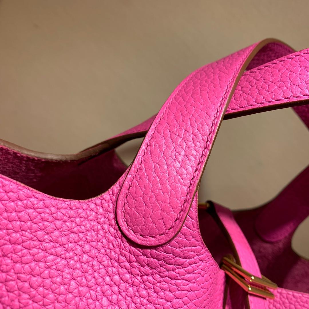 爱马仕包包批发 Picotin Lock18cm 法国顶级Tc皮 9i Magnolia 玉兰紫 金扣 手缝蜜蜡线缝制