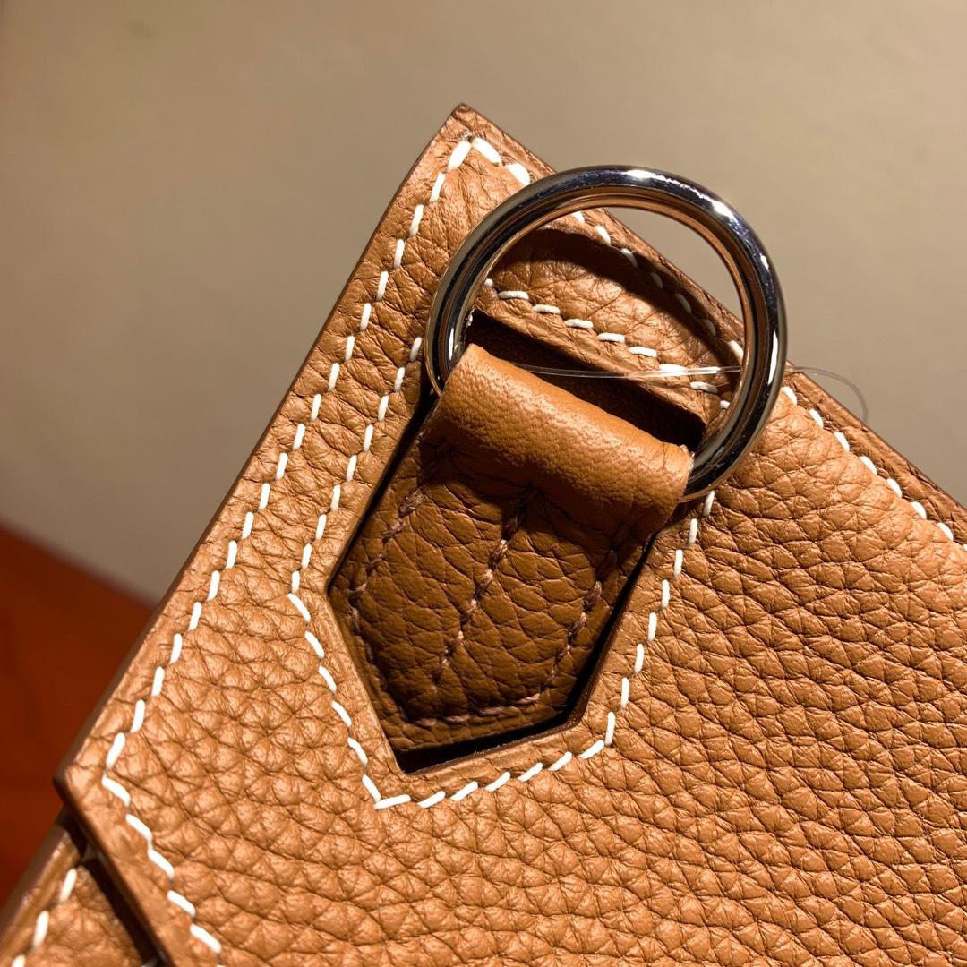 爱马仕包包 Jypsiere28cm 法国顶级clemence 37 Gold 金棕 银扣 手缝蜜蜡线缝制