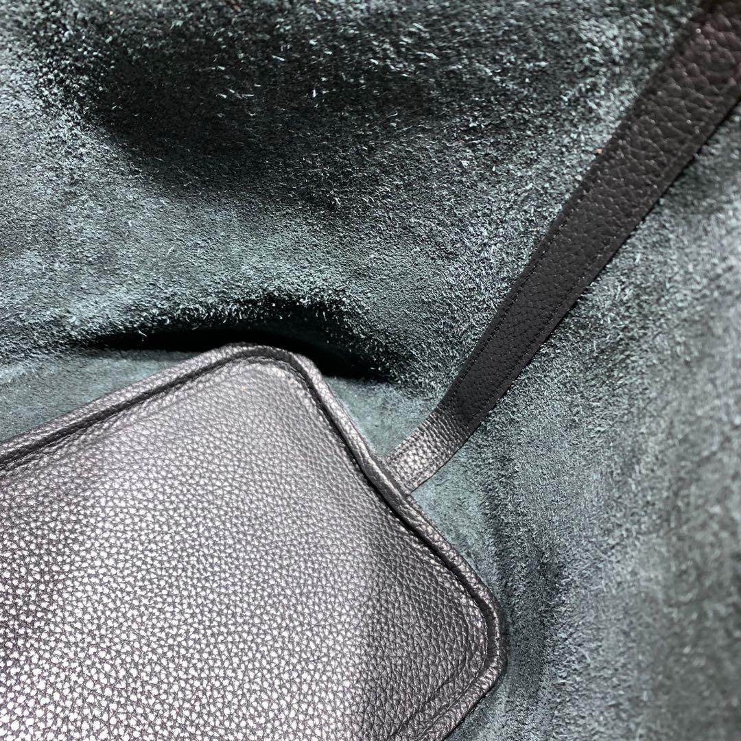 爱马仕包包批发 Picotin Lock18cm 法国顶级Tc皮 89 Noir 黑色 金扣 手缝蜜蜡线缝制