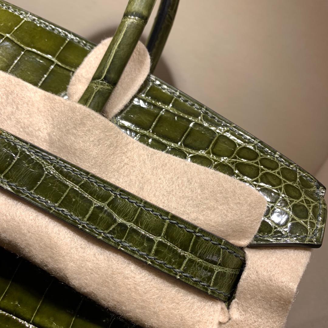 爱马仕铂金包 Birkin 30cm 法国顶级Hcp亮面两点尼罗鳄Shiny Niloticus 61 Vert Olive 橄榄绿 金扣