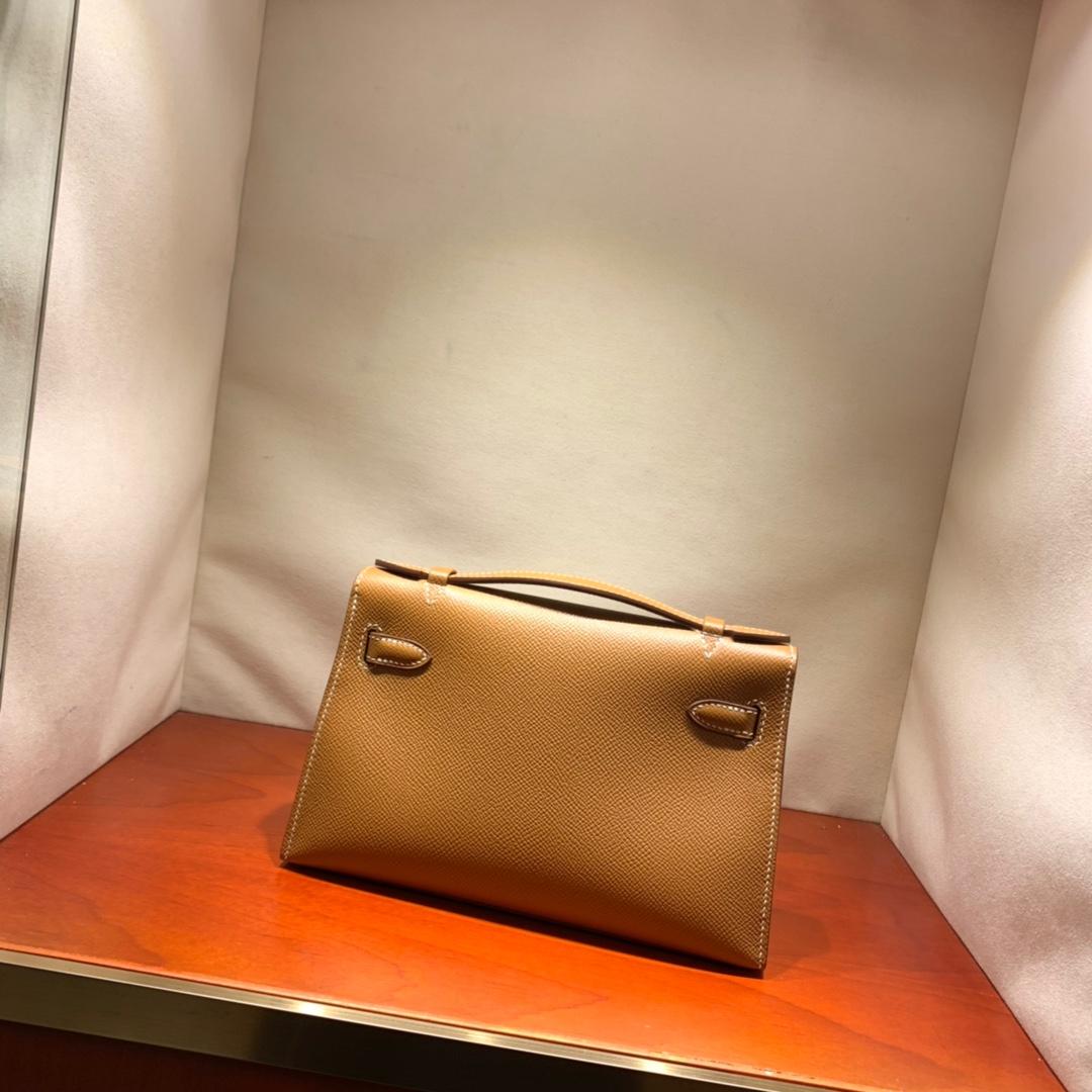 爱马仕包包批发 Kelly Pochette 22cm 法国顶级Epsom 37 Gold 金棕 金银扣 顶尖工艺